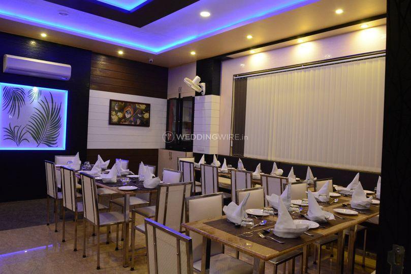 Manuhaar AC Restaurant