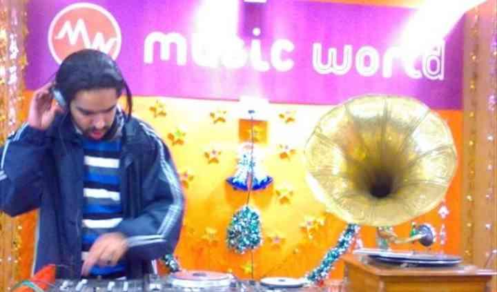 DJ Loch