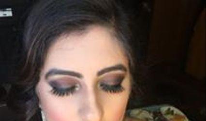 Sims Makeup Box