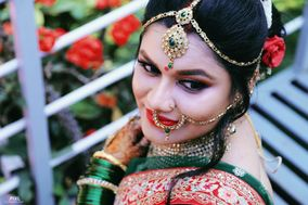 Knik's Hair and Makeup Artist, Pune