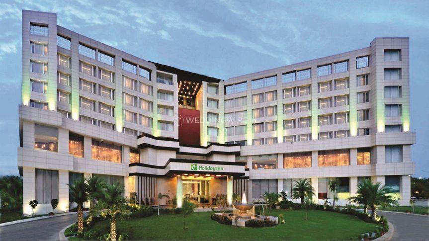 Holiday Inn Chandigarh Facade