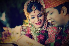 Candid Wedding Moments by Ashwajeet