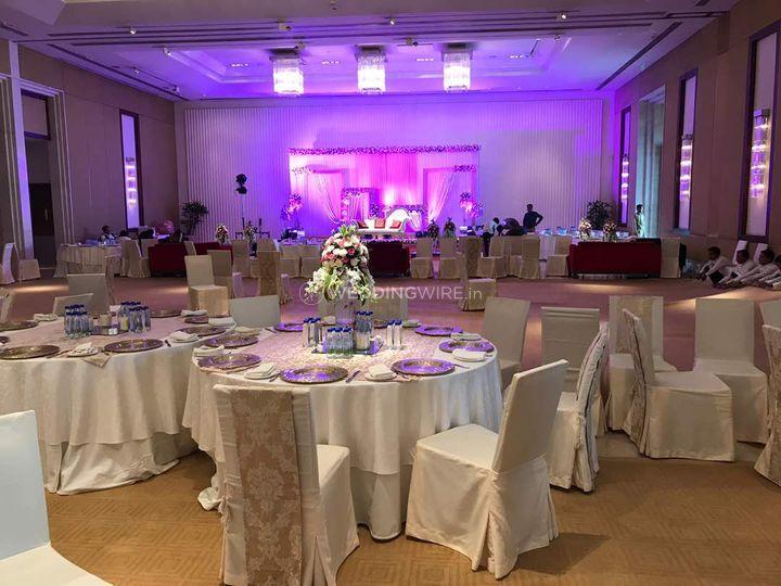 Wedding decor from the oberoi gurgaon photo 2 wedding decor the oberoi gurgaon junglespirit Choice Image