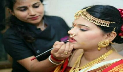 Facelook Beauty Parlour, Dharwad