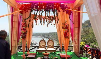 Laxman Jhula Divine Resorts