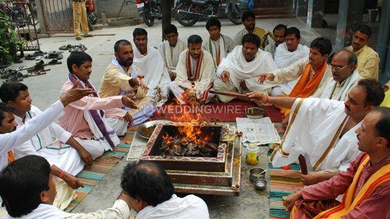 Parashar Astrological And Yagya Centre