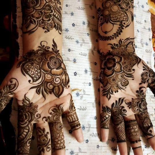 Geetanshi Mehandi Artist