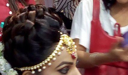 Show Stopper Beauty Salon