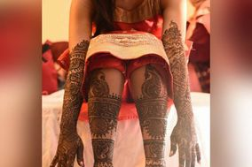 The Mehendi Artist by Pallavi Soni
