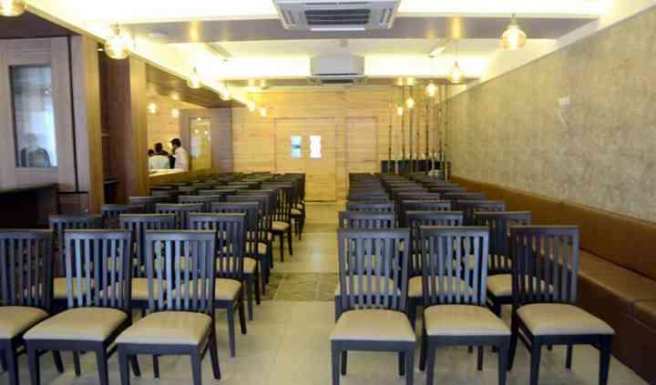 Deeana Restaurant & Banquet