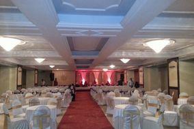 Lucky Restaurant & Banquets