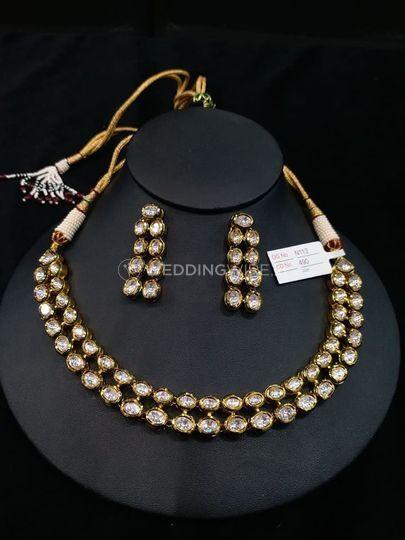 Neckalce & earrings