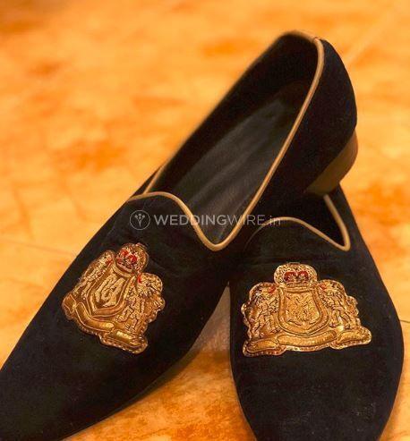 Cutsomised footwear