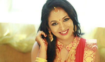 Archana Mohan - Freelance Bridal Make-up Artist and Hairstylist