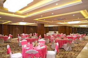 Regenta Central, Noida