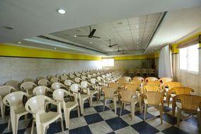 Season 4 Guest House, Chennai