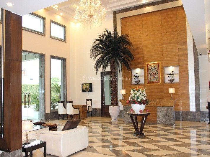 Silver - Oak - Resort - Hotel -2
