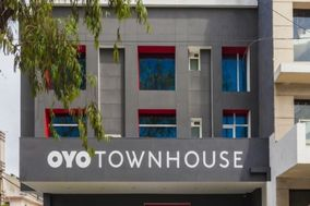 OYO Townhouse - 008, Greater Kailash