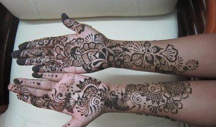 Aiwah - Mehendi Designs  By Naufiya Biju