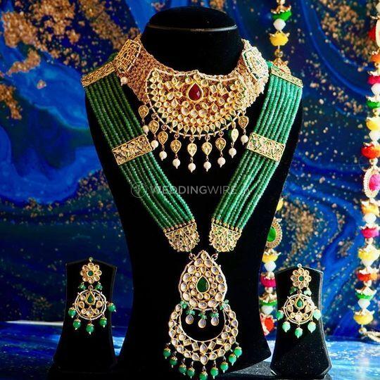 Gems In Jewels