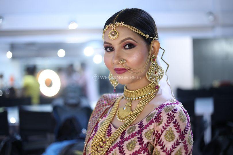 Light Bridal Jewellery