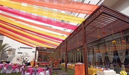 DoubleTree By Hilton Gurugram Baani Square 1