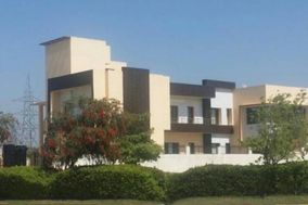 Big Villa For Marriage Guests