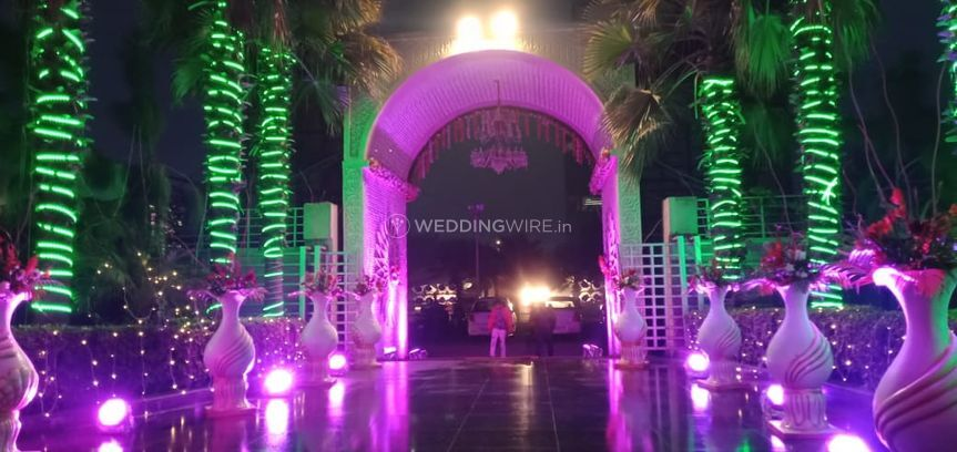 Banquet Halls - SS Grand Party Lawn and Banquet - event space  (9)