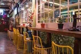 Farmaaish Lounge & Bar