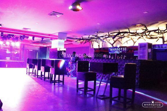 Hypnotic Lounger Bar
