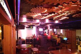 Tram Deepo Bar Restro & Club