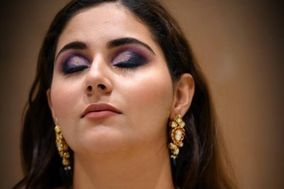 Lakshita Popli Makeup Artist