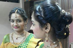 Darpan Beauty Parlour, Pune