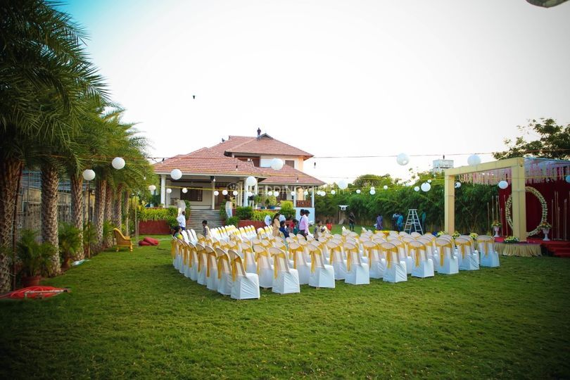 Reception at lawn