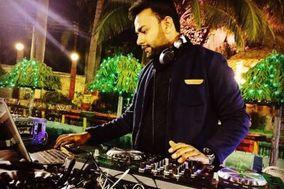 DJ Akash Bhuwania