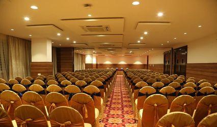 IV Sanctum Hotel