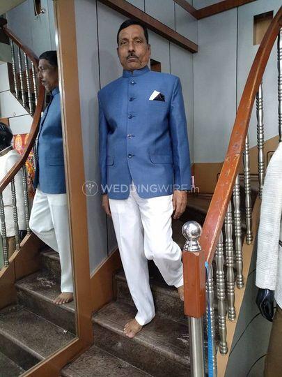 Safar Suit
