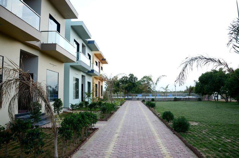 Chitrakoot Garden and Resorts