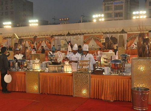Food presentation and set up