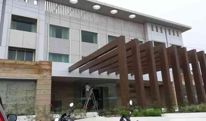 Ambar Sarovar Portico, Gandhidham