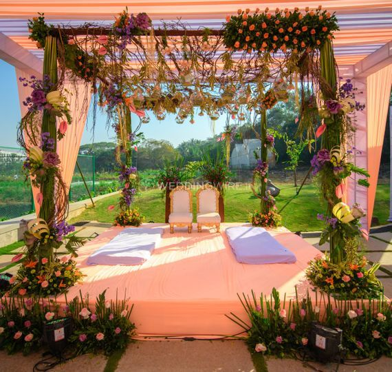 Pool side Vidhi Mandap