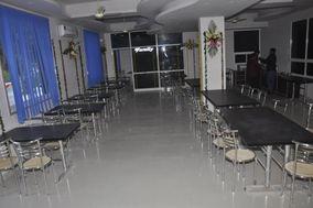 The Pankhudi Hotel And Restaurant