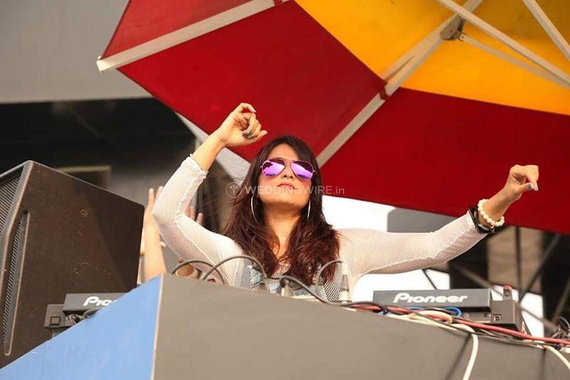DJ Aashikaa