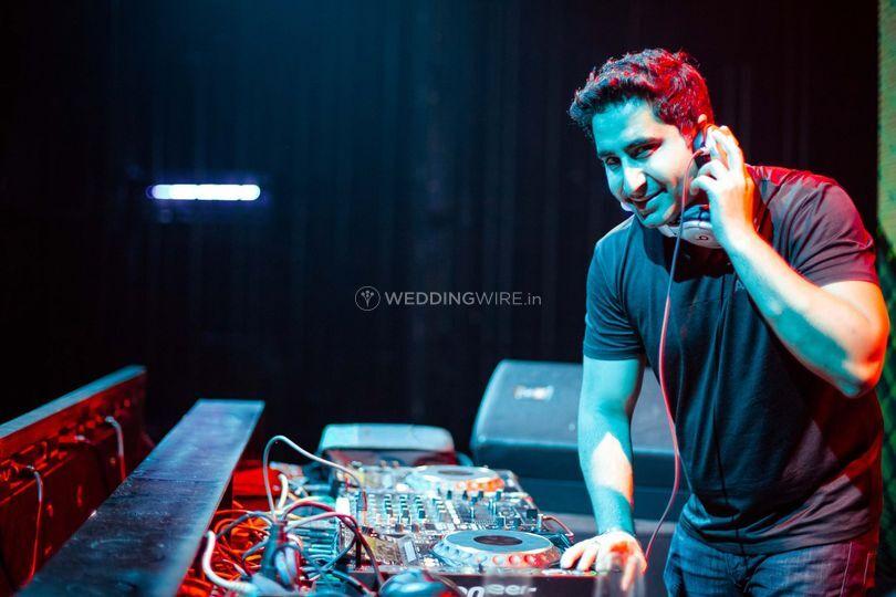DJ Khushi Soni