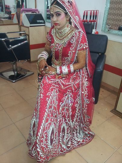 Bridal makeup from Dulhan Beauty Clinic   Photo 13