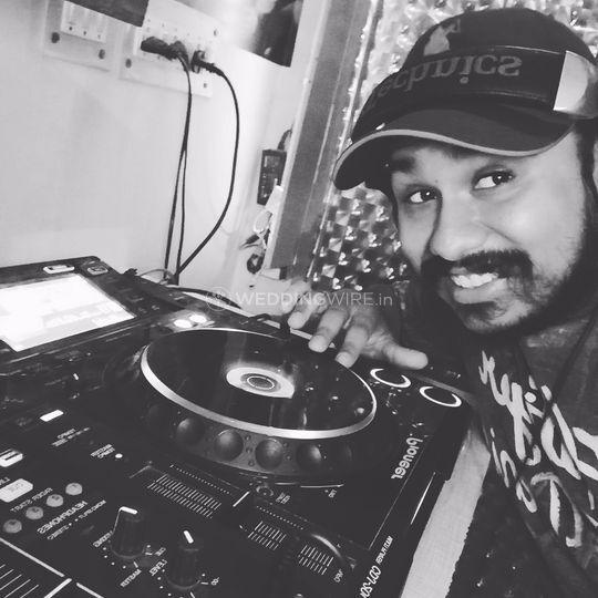 DJ Guri