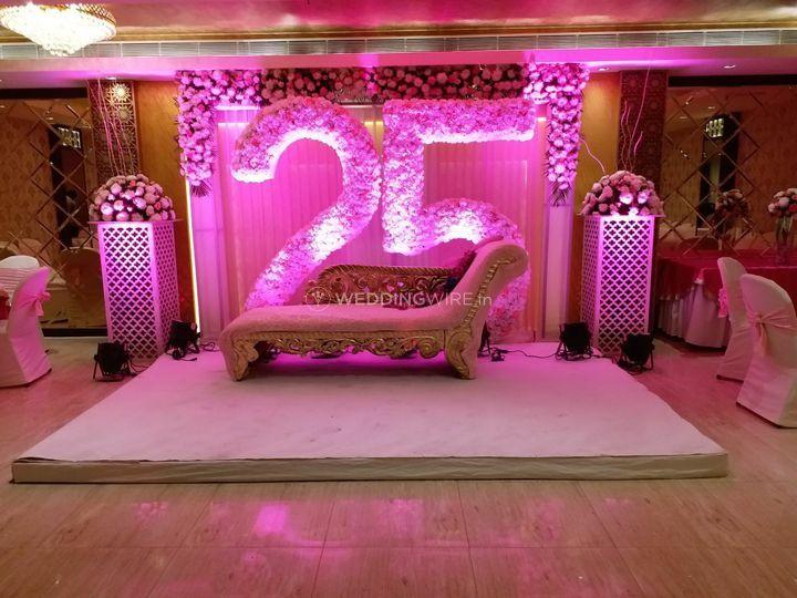 25th Wedding Anniversary Decor