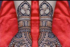 Akash Mehandi Artist, Indore
