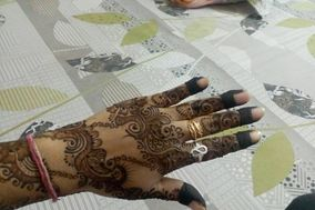 Mehndi Designs by Anjali