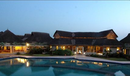 Whispering Palms Beach Resort, Candolim